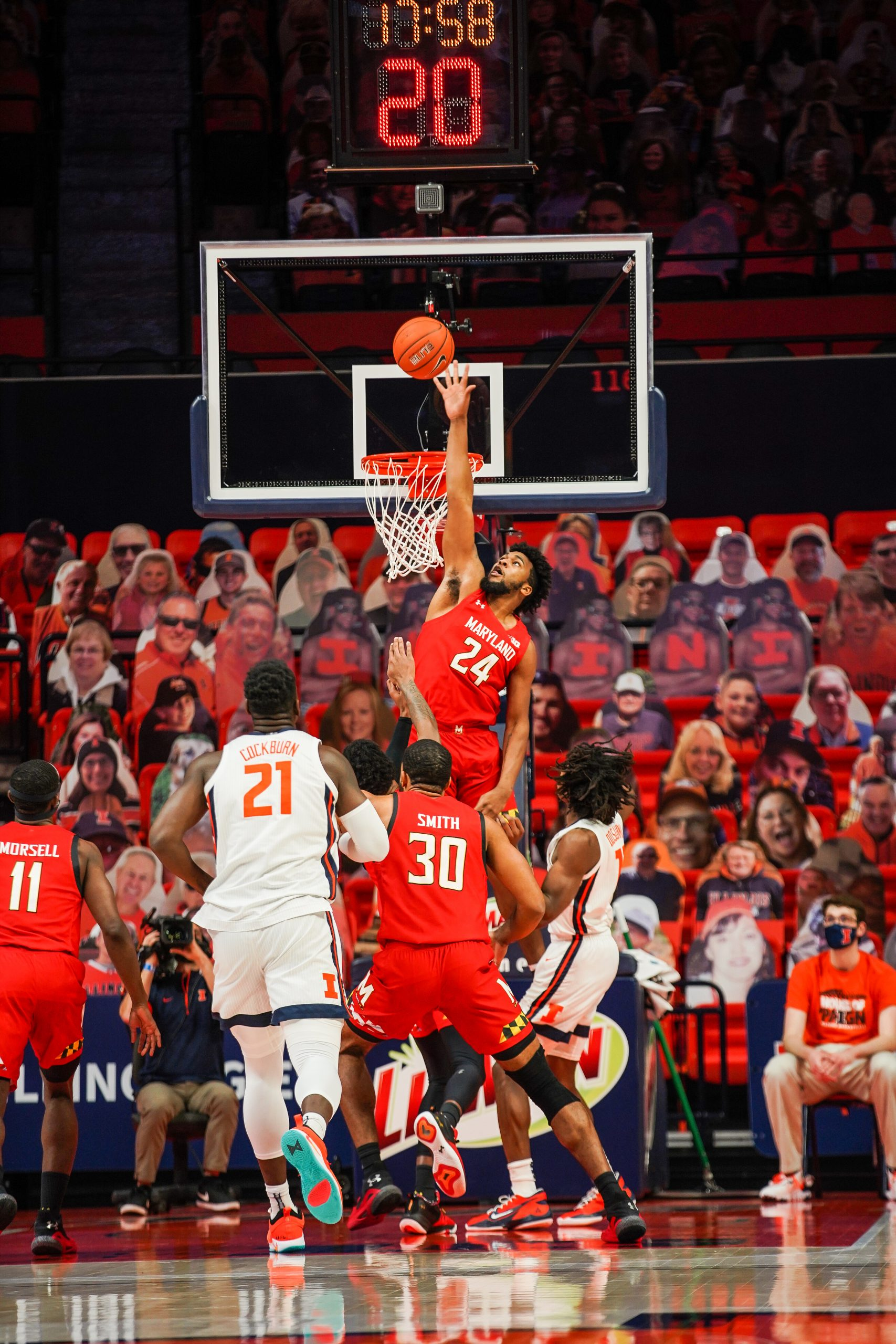 Cold shooting catches up to Illini in upset loss to Terps, 66-63