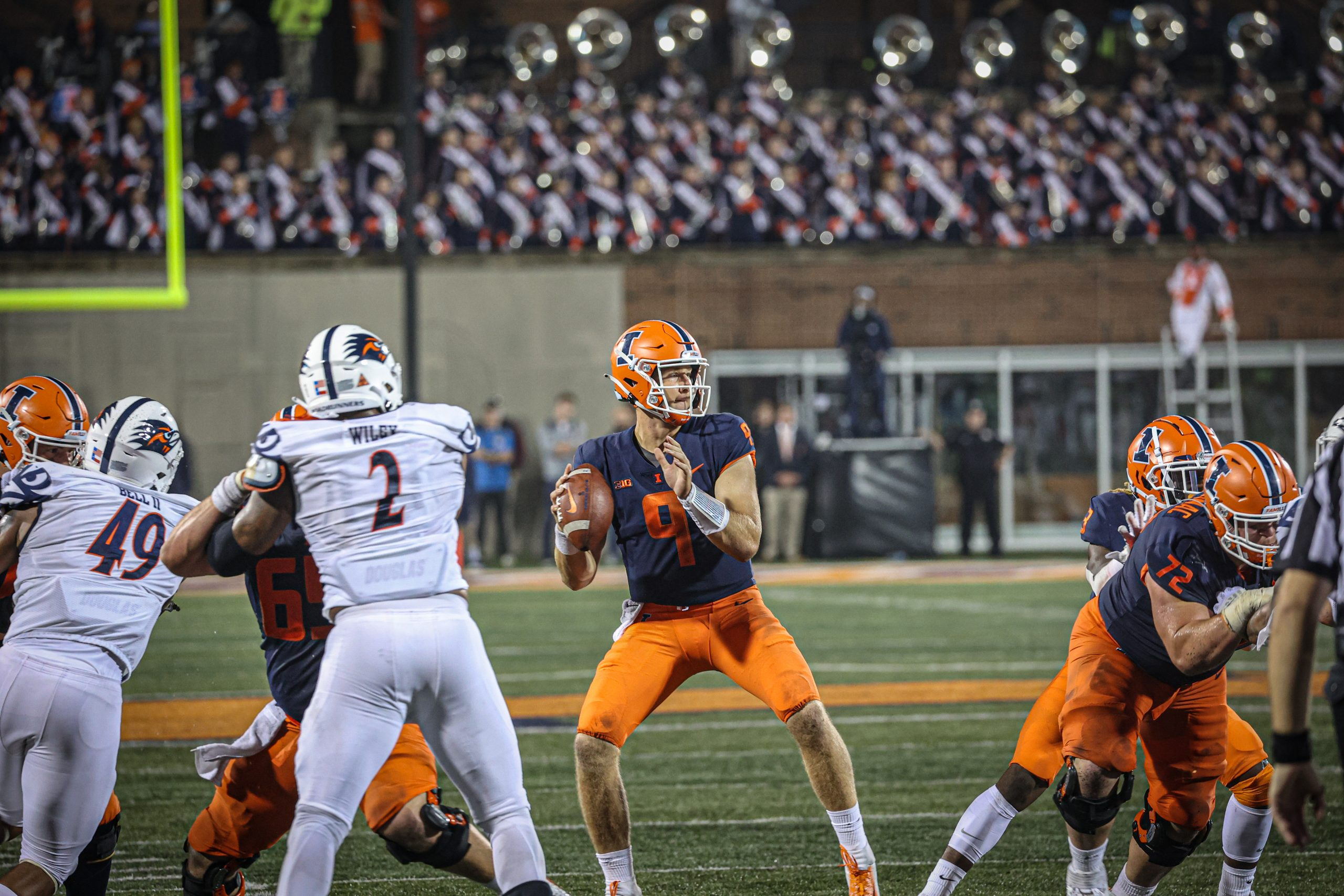 Illini Unable To Translate Week 1 Success Into Back-to-Back Wins